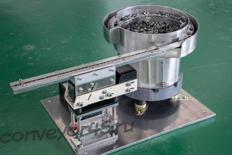 Чашечный вибропитатель NTM-380 для ориентации и штучной подачи гаек