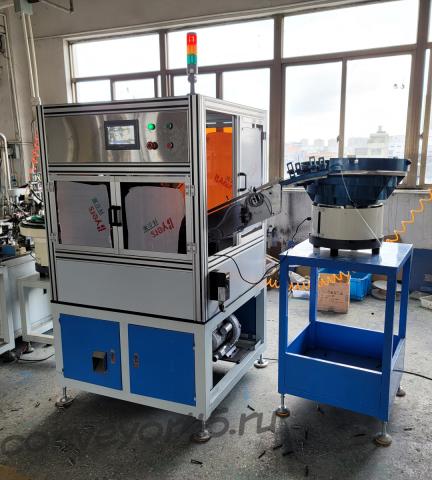 Высокоскоростная машина для автоматизации сборки дюбеля и шурупа модель HENS-HY500