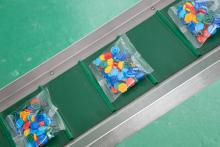 Линия на 5 модулей штучного счета с вертикальной упаковочной машиной для счёта и упаковки деталей в пакеты